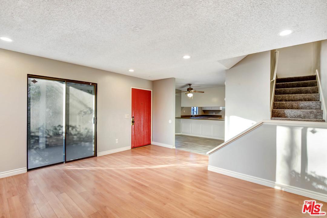 4916 VILLAGE GREEN, San Bernardino (City), CA 92407