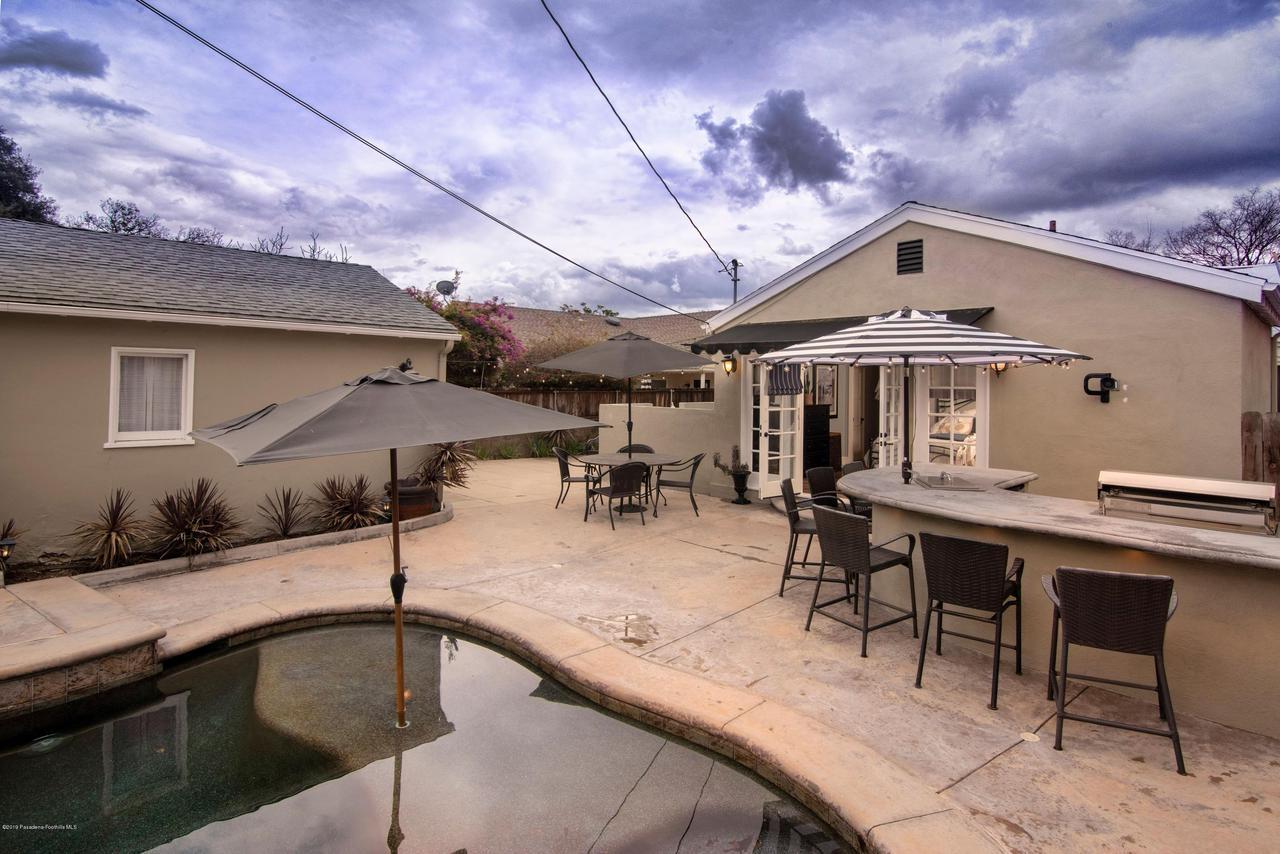 2337 LOMA VISTA, Pasadena, CA 91104 - 2337 LV BACK FRENCH DOORS 2