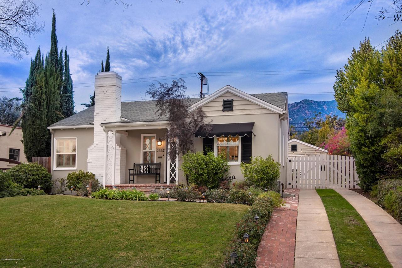 2337 LOMA VISTA, Pasadena, CA 91104 - 2337 LV FRONT EXT 2