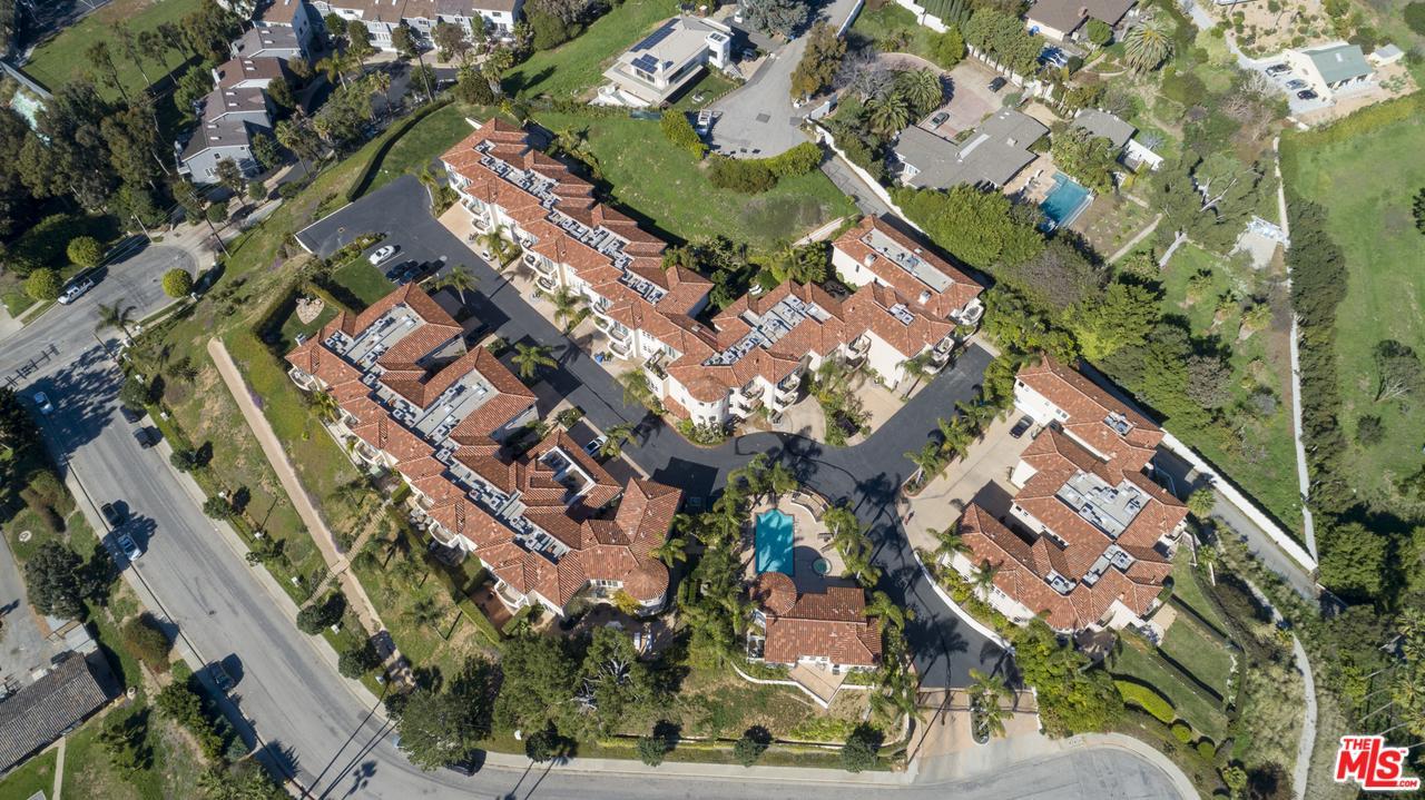 23967 DE VILLE, Malibu, CA 90265