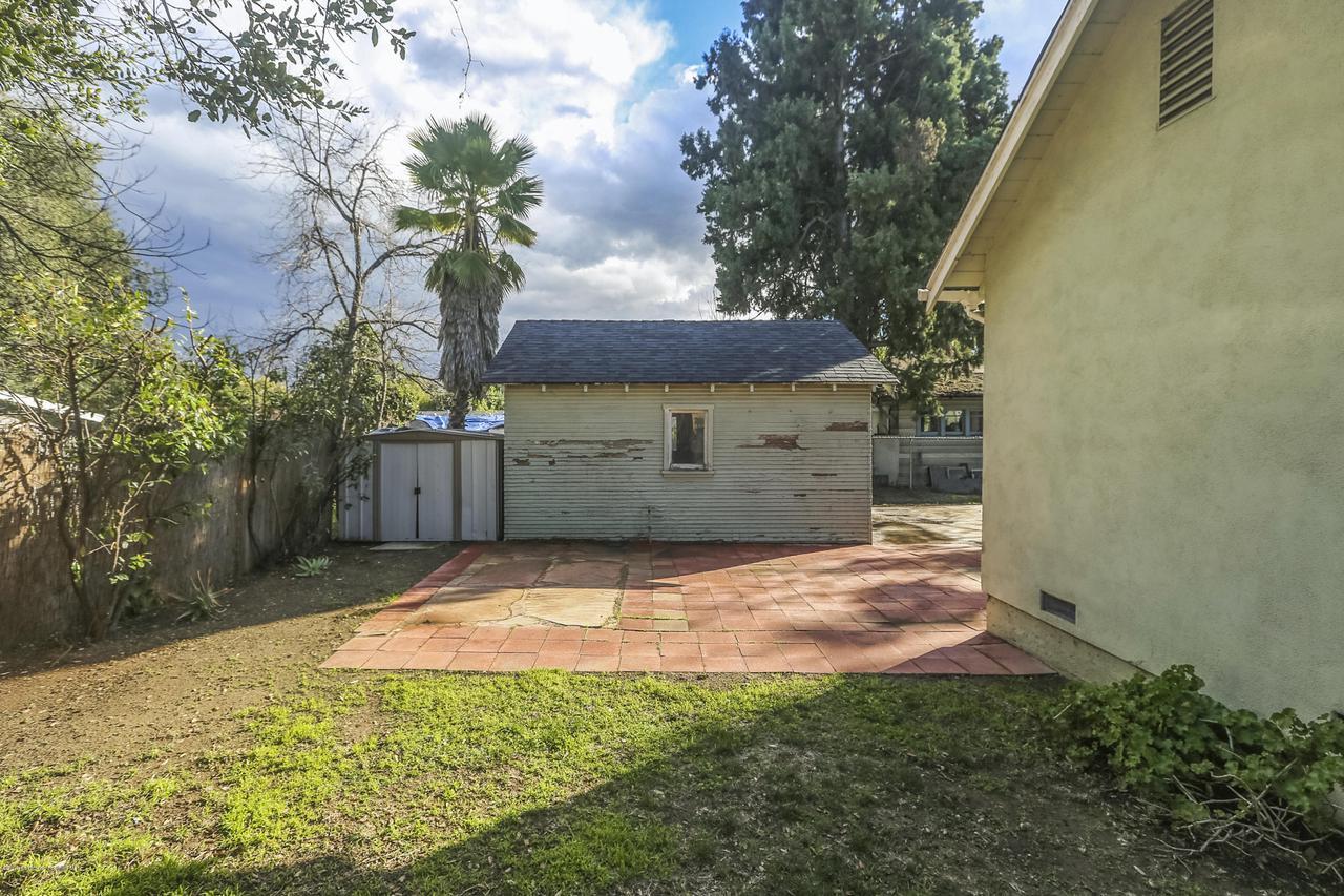 1948 JUANITA, Pasadena, CA 91104 - 037-photo back yard