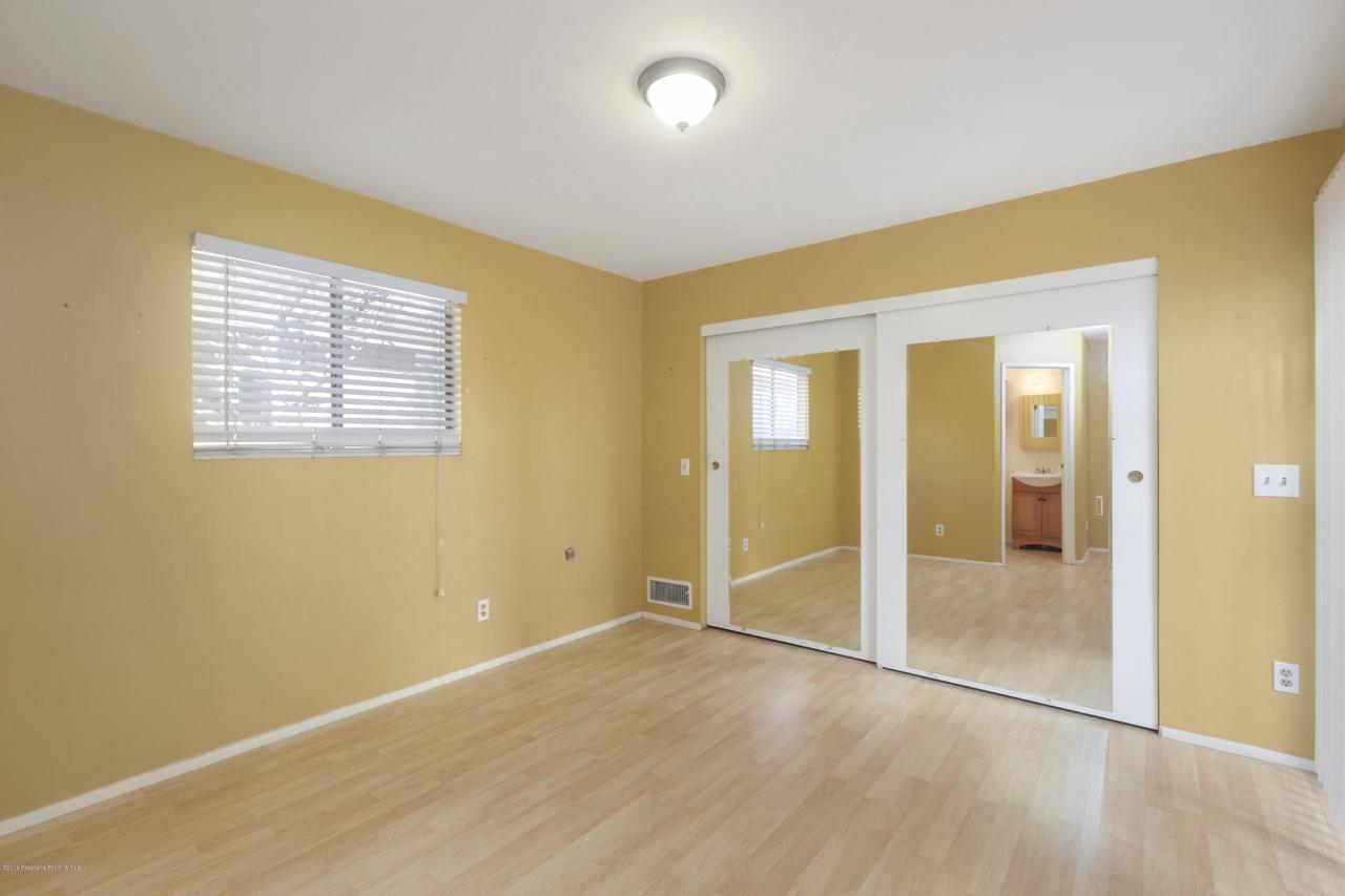 1948 JUANITA, Pasadena, CA 91104 - 017-photo-master-bedroom