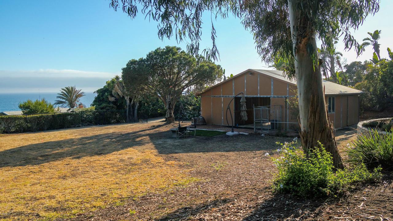 32036 PACIFIC COAST, Malibu, CA 90265 - Barn
