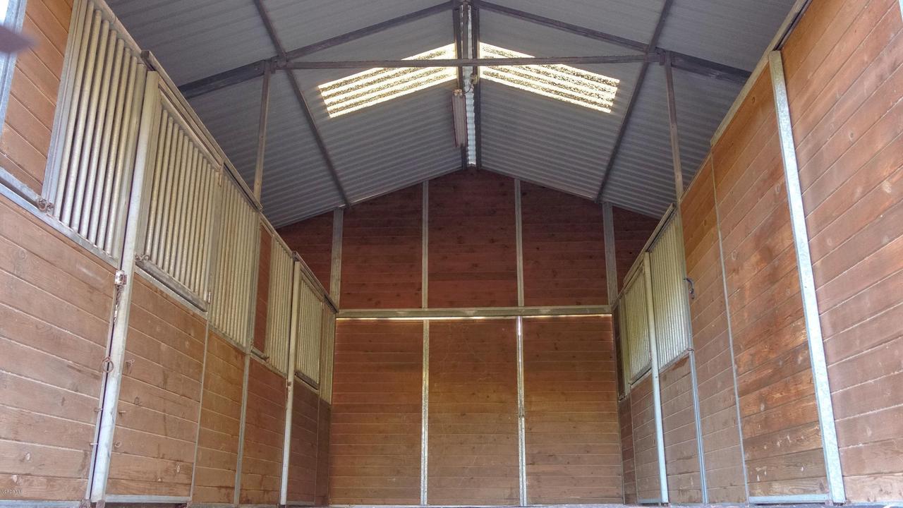 32036 PACIFIC COAST, Malibu, CA 90265 - Barn Interior