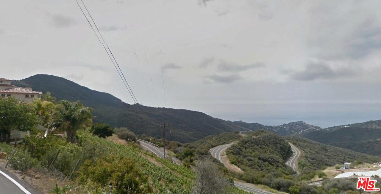 MCREYNOLDS RD AT LATIGO CANYON RD, Malibu, CA 90265