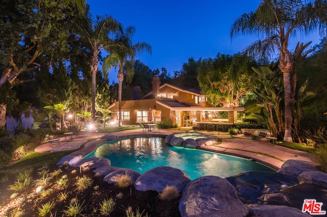 20319 LORENZANA, Woodland Hills, CA 91364