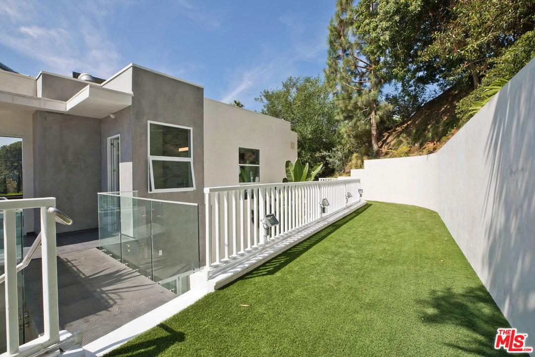 9145 ST IVES, Los Angeles (City), CA 90069