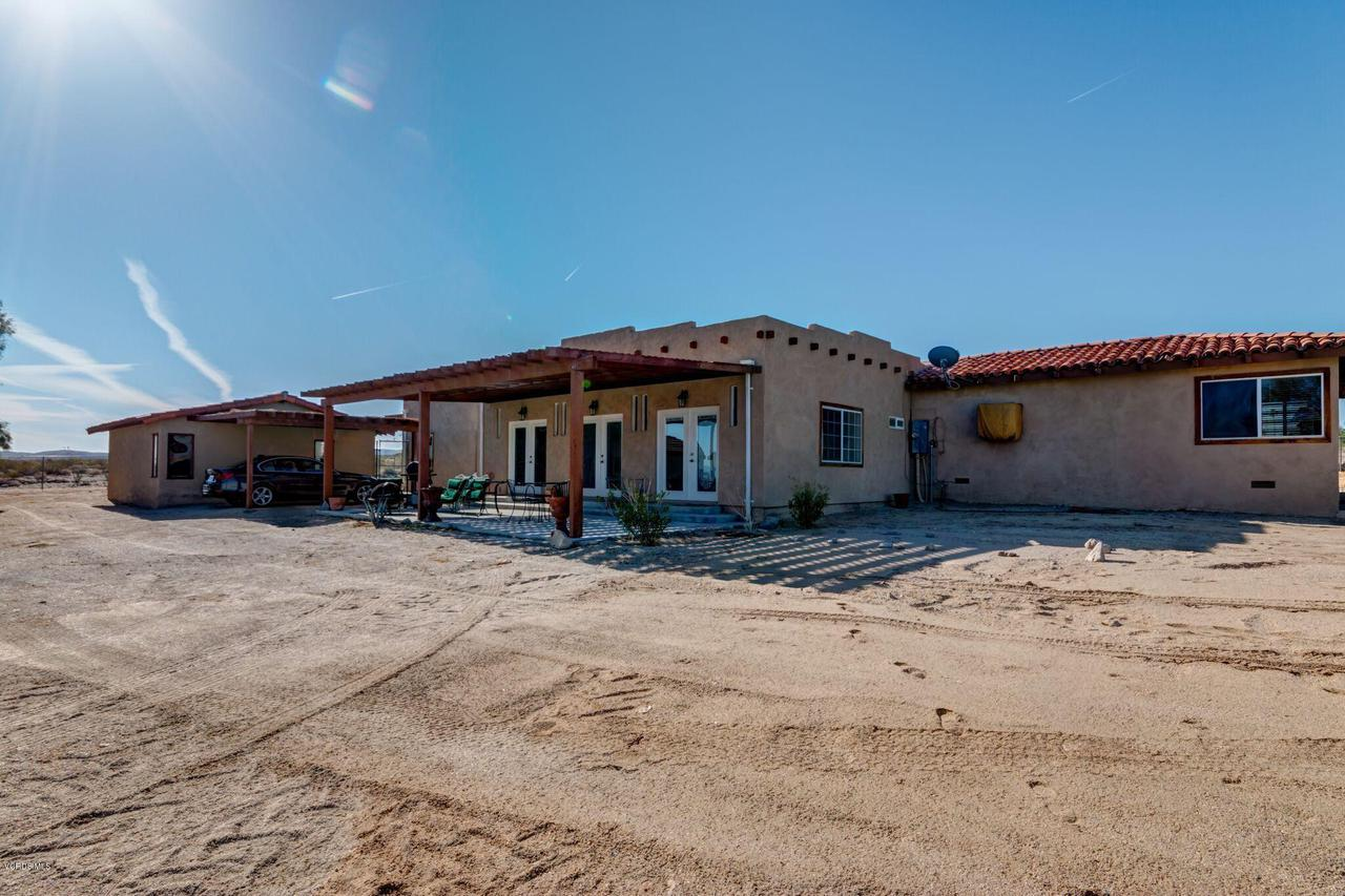 74784 FOOTHILL, 29 Palms, CA 92277 - Great for Pool