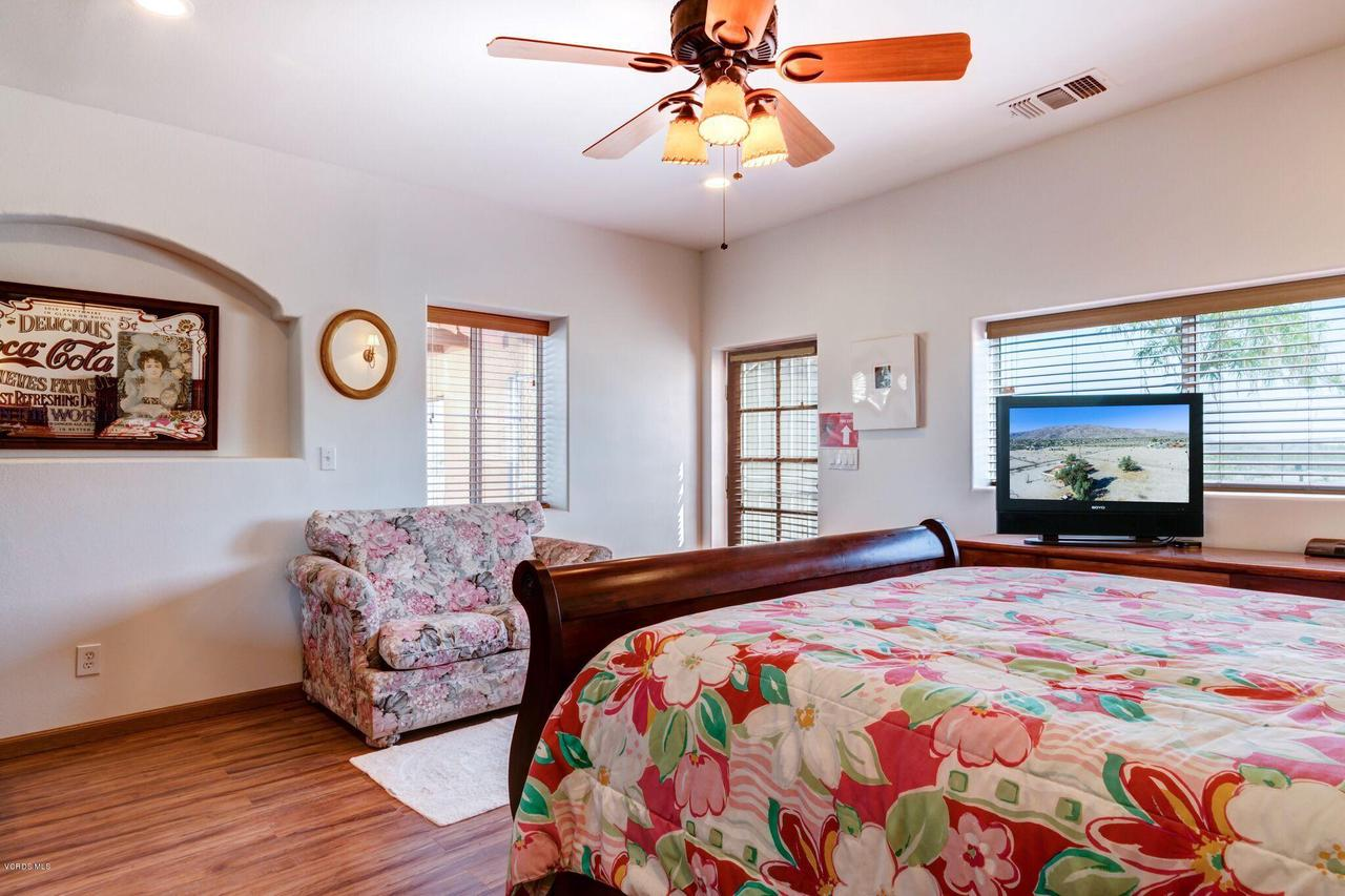 74784 FOOTHILL, 29 Palms, CA 92277 - guest room door to patio