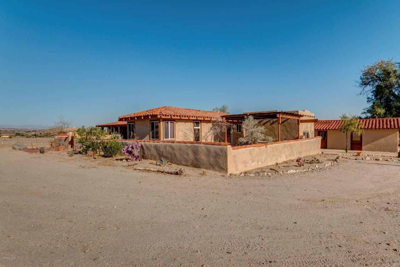 74784 FOOTHILL, 29 Palms, CA 92277 - Aprox 5 Acres