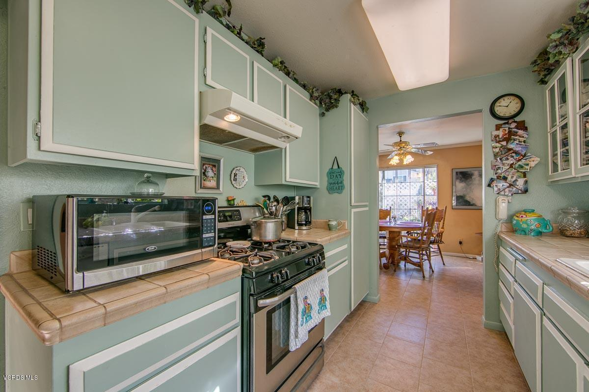 2418 STOW, Simi Valley, CA 93063 - 2418Stow-10