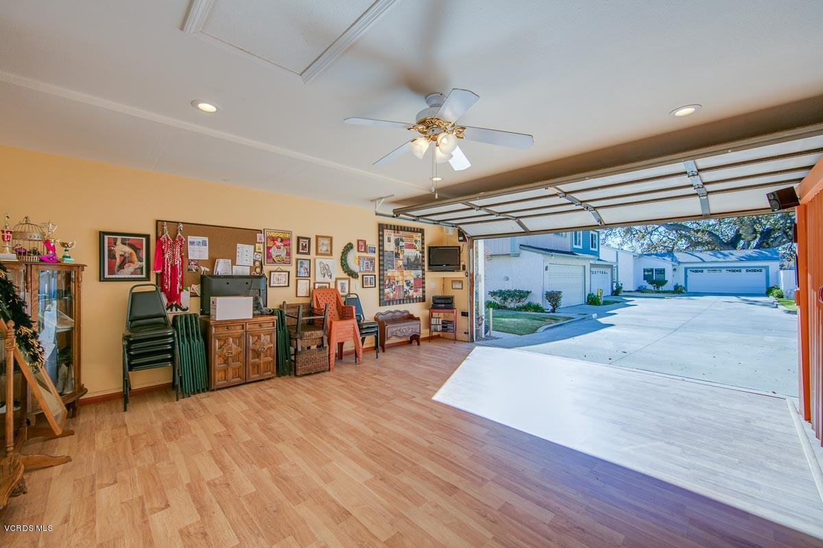 2418 STOW, Simi Valley, CA 93063 - 2418Stow-25