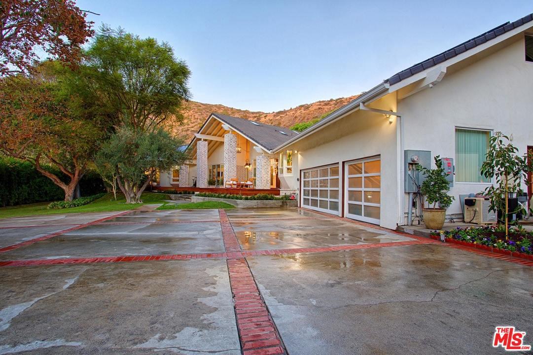 3410 SERRA, Malibu, CA 90265