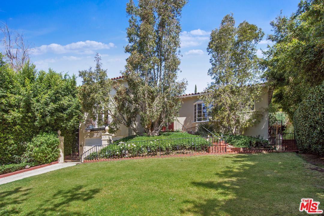 1136 DOHENY, Los Angeles (City), CA 90069