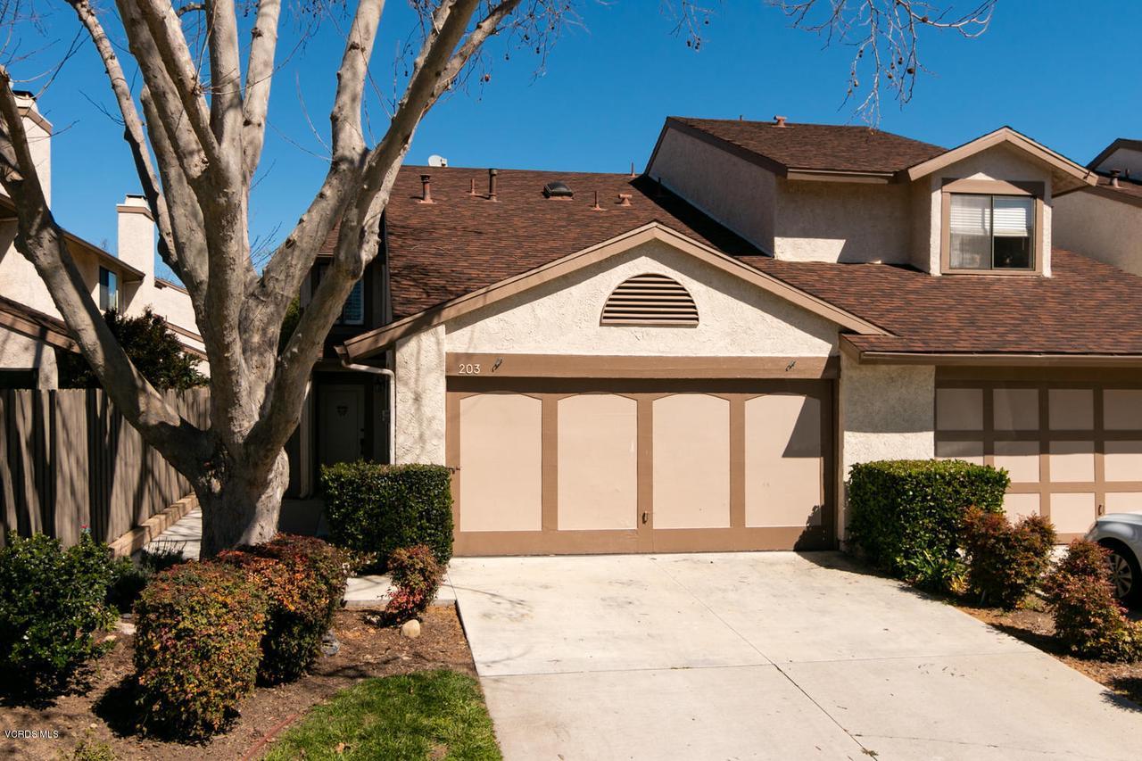 203 SHOSHONE, Ventura, CA 93001 - 203 E Shoshone St-001-25-Front Exterior-