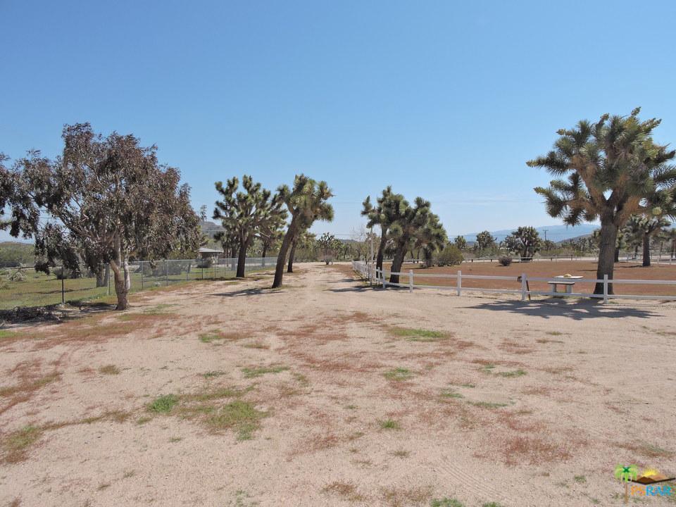 4962 LINDA LEE, Yucca Valley, CA 92284