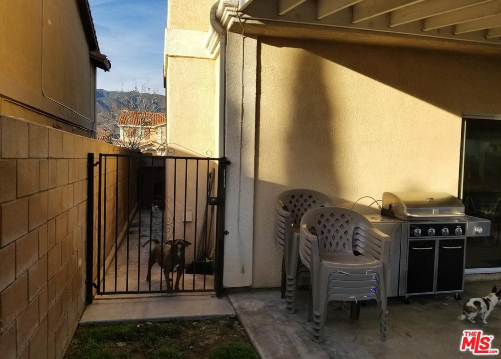 14943 CATANIA, Fontana, CA 92336