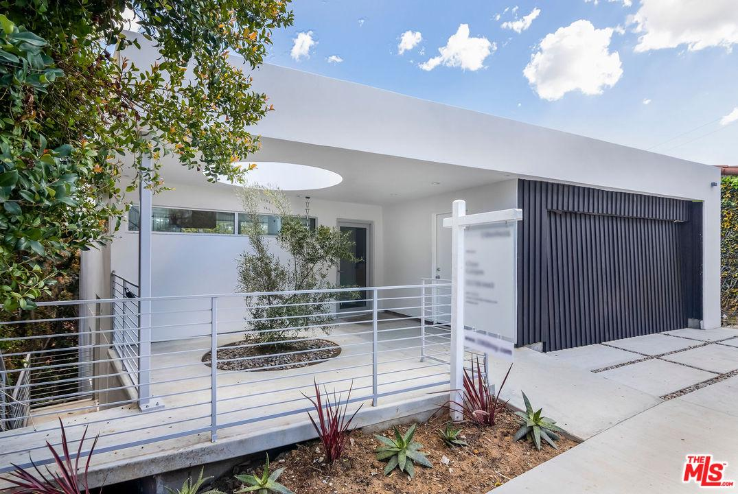 3362 TROY, Los Angeles (City), CA 90068