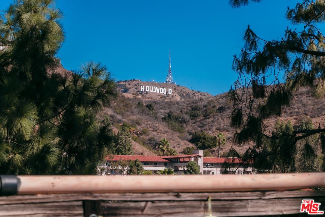 6700 HILLPARK, Los Angeles (City), CA 90068