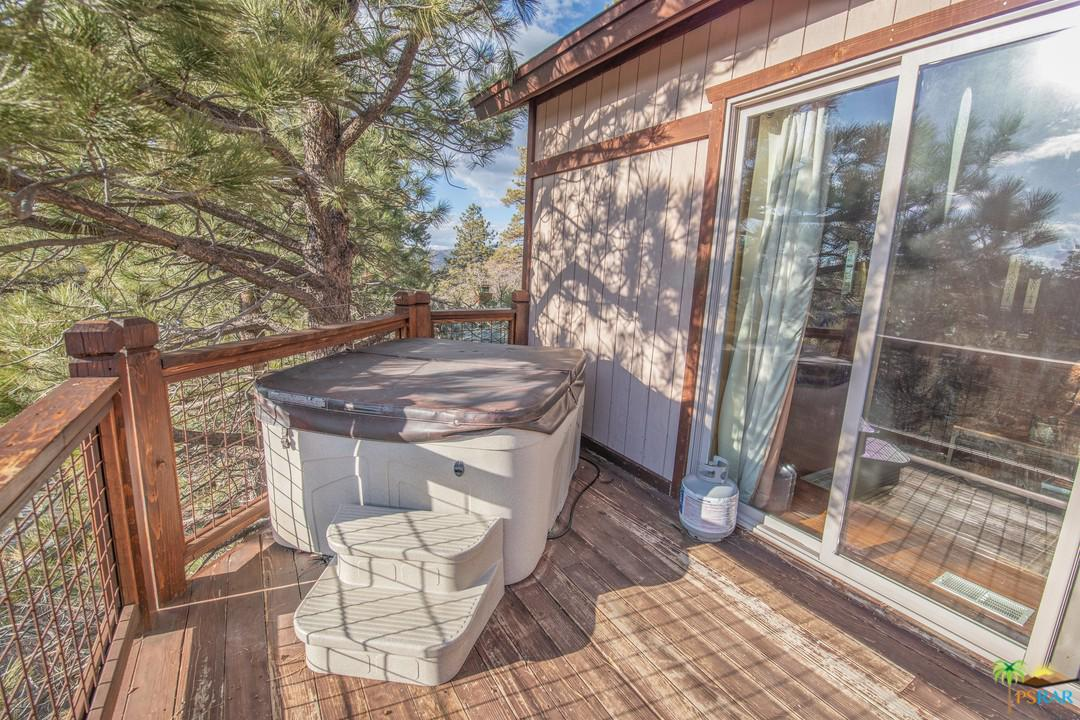 573 VILLA GROVE, Big Bear, CA 92314