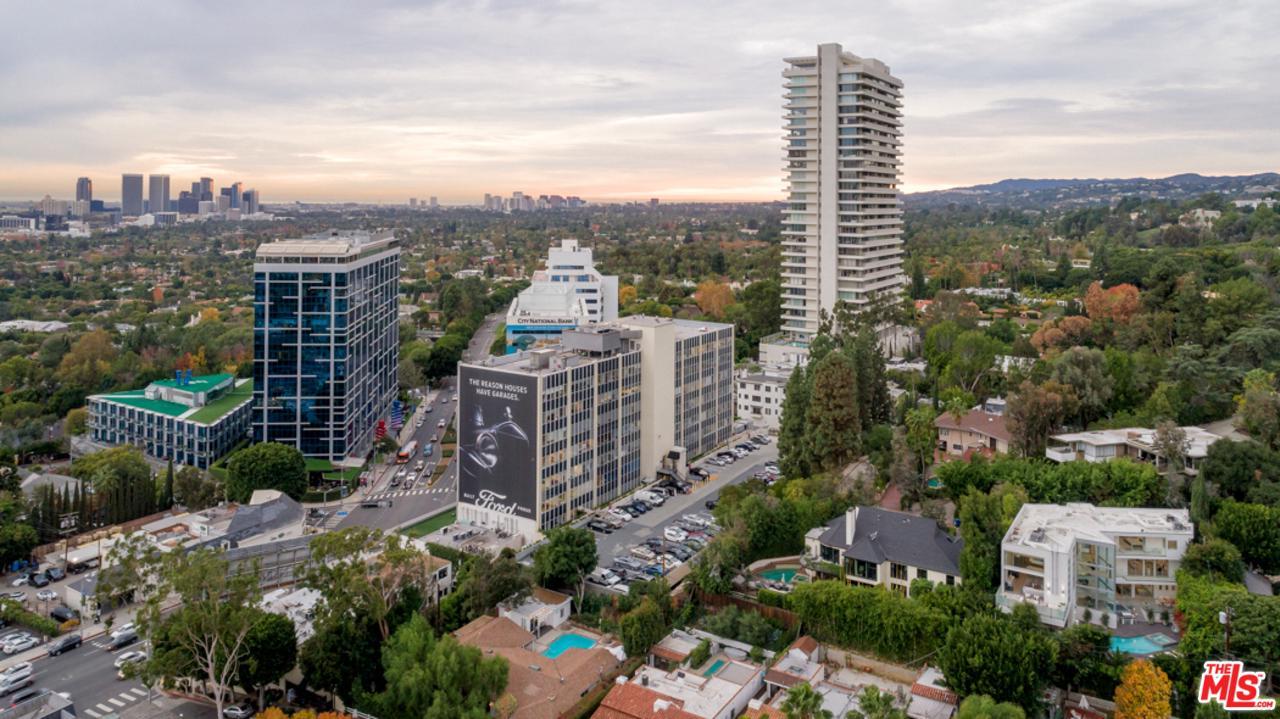 1162 SUNSET HILLS, Los Angeles (City), CA 90069