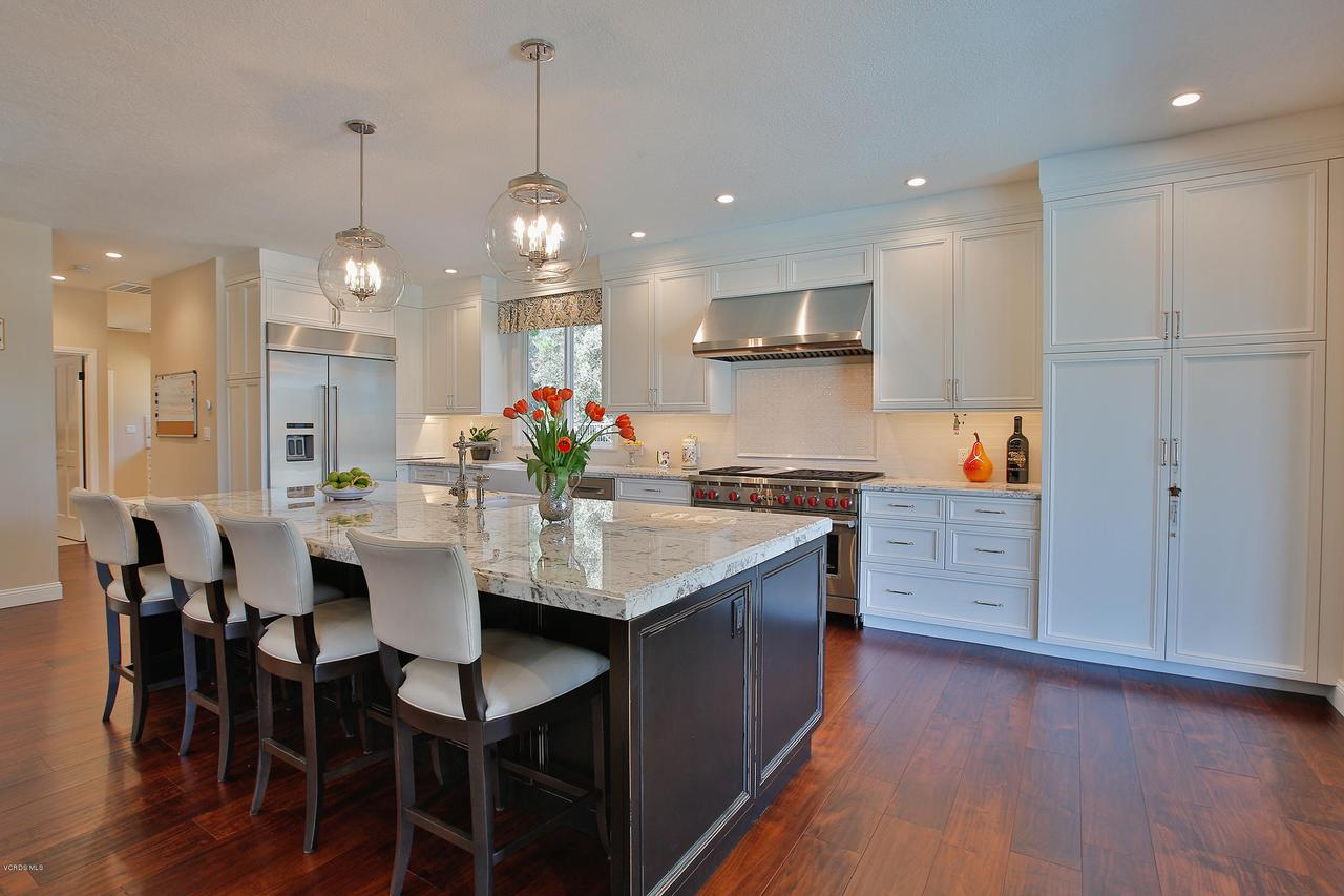 38 INVERNESS, Thousand Oaks, CA 91361 - Stunning Kitchen