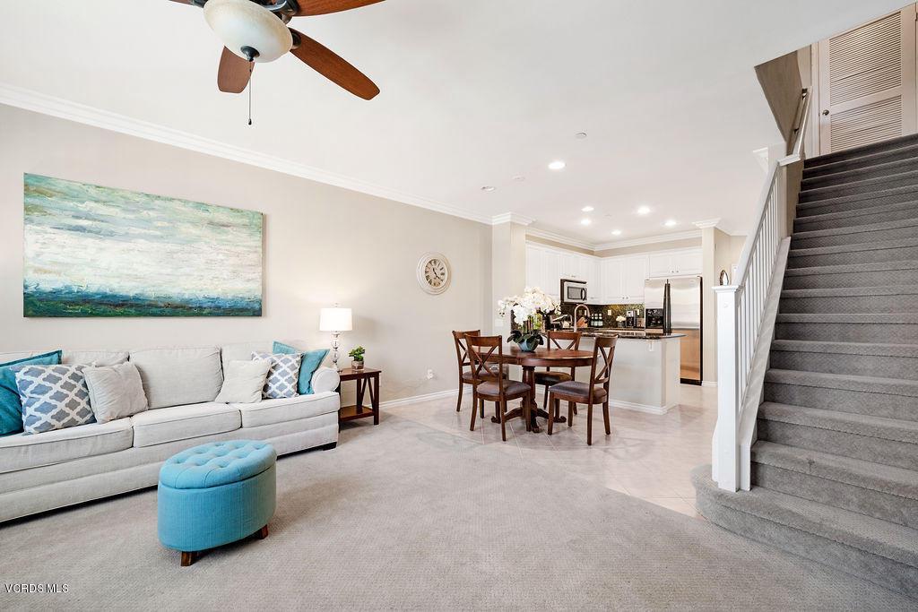 4511 VIA DEL SOL, Camarillo, CA 93012 - Living area GRAND ROOM