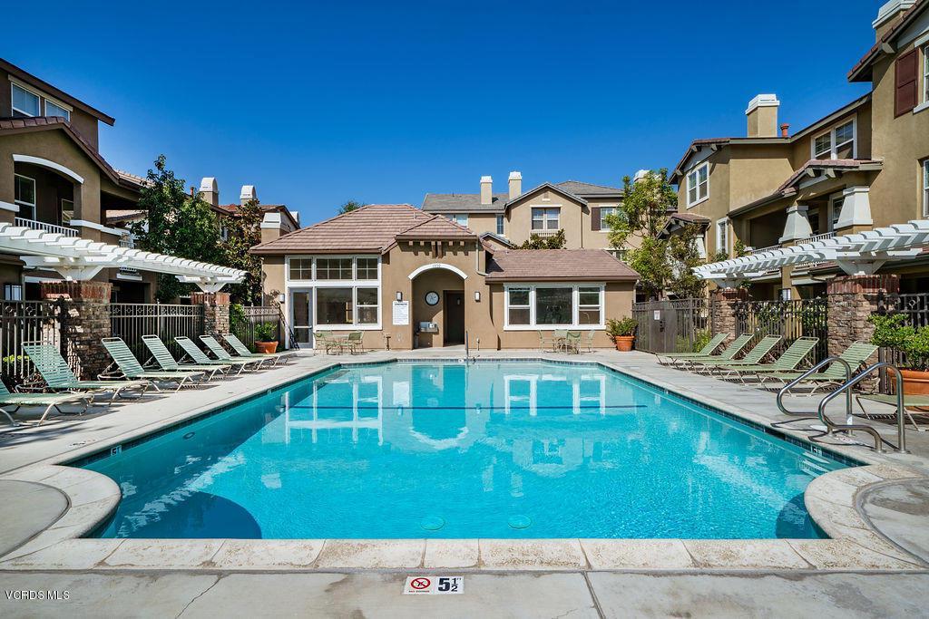4511 VIA DEL SOL, Camarillo, CA 93012 - Tesoro Walk Pool