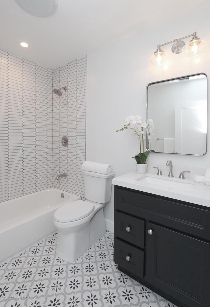 1277 BOSTON, Altadena, CA 91001 - MLS_28_Bathroom