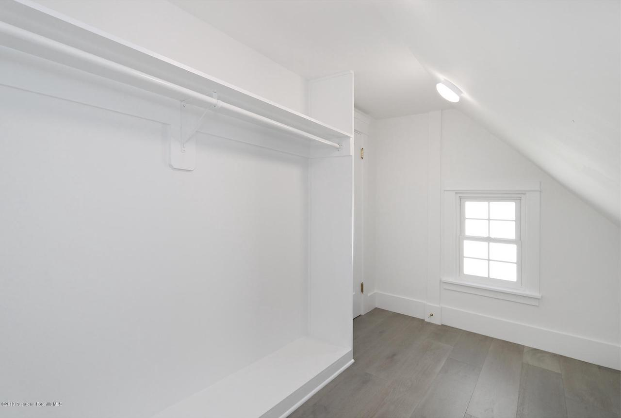 1277 BOSTON, Altadena, CA 91001 - MLS_32_Closet