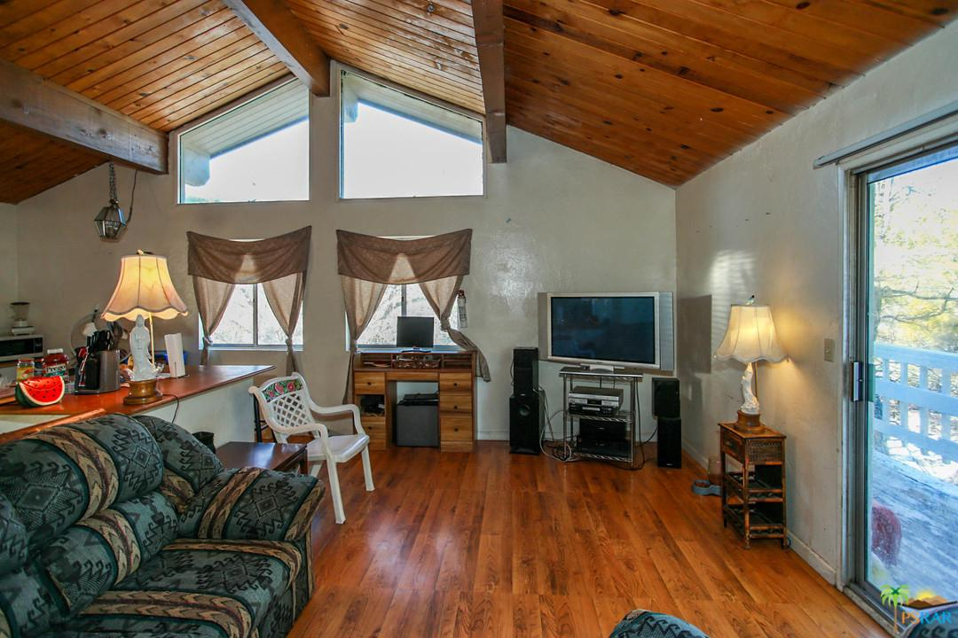 2294 DEEP CREEK, Arrowbear, CA 92382