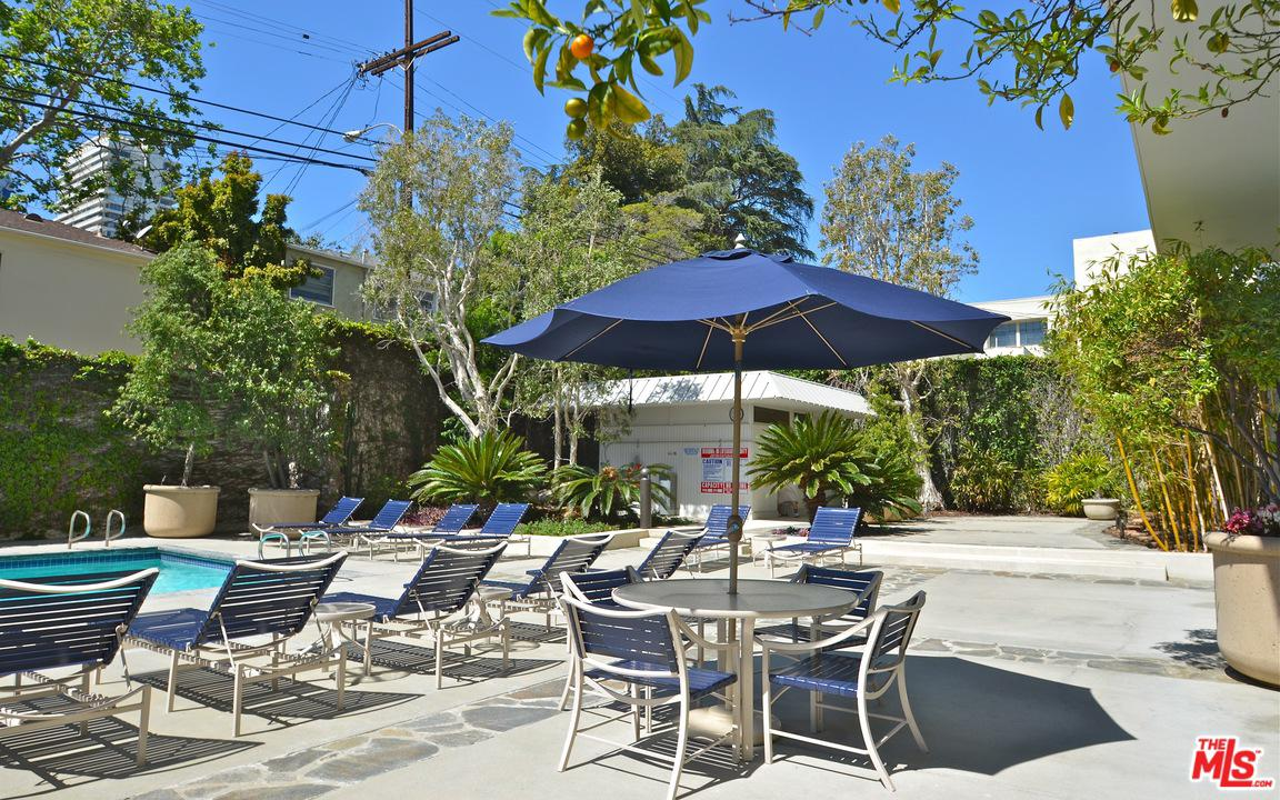 999 DOHENY, West Hollywood, CA 90069