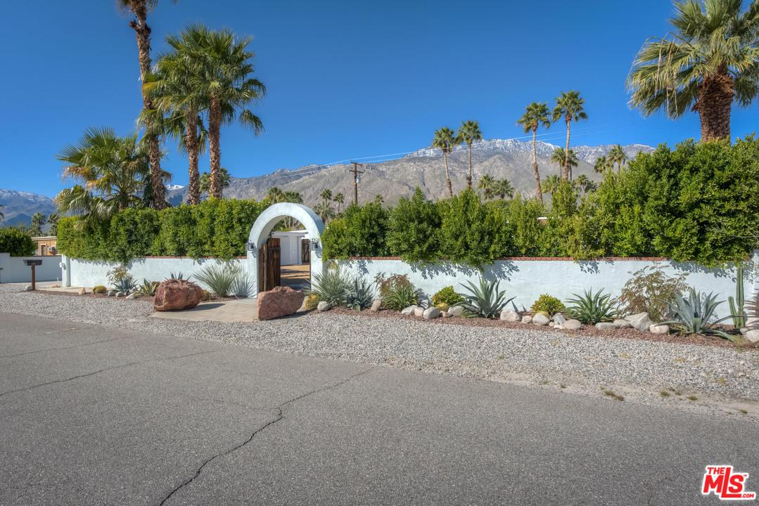 1179 CALLE ROLPH, Palm Springs, CA 92262