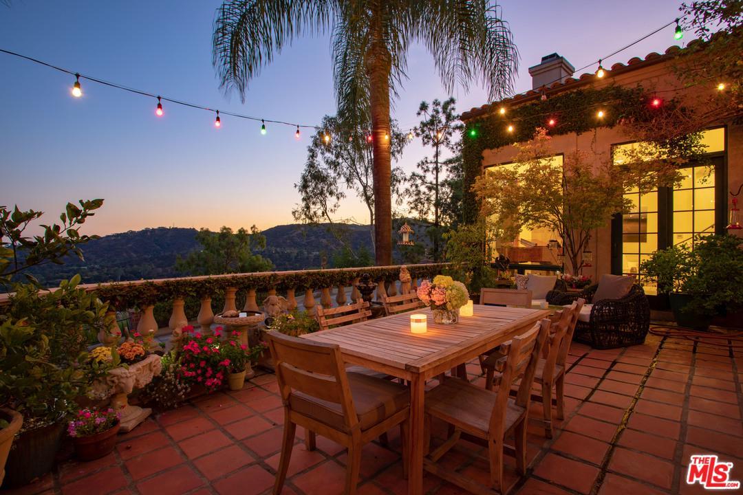 1411 EDGEHILL, Pasadena, CA 91103