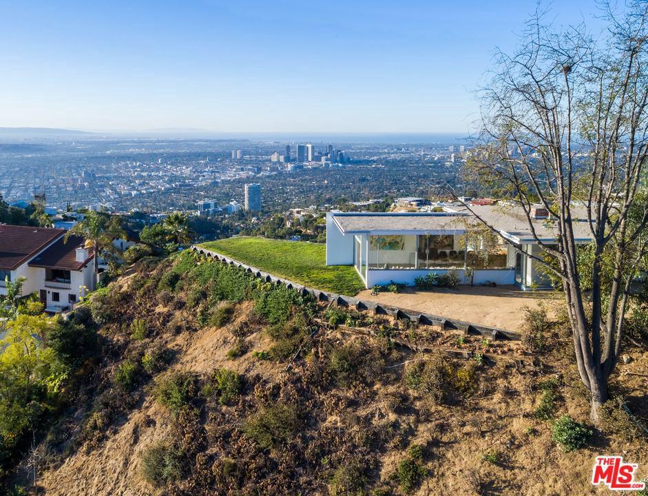 2460 SUNSET PLAZA, Los Angeles (City), CA 90069
