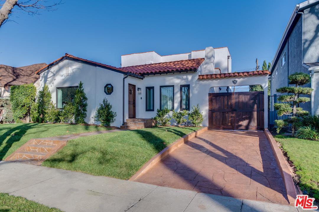 746 MANSFIELD, Los Angeles (City), CA 90038