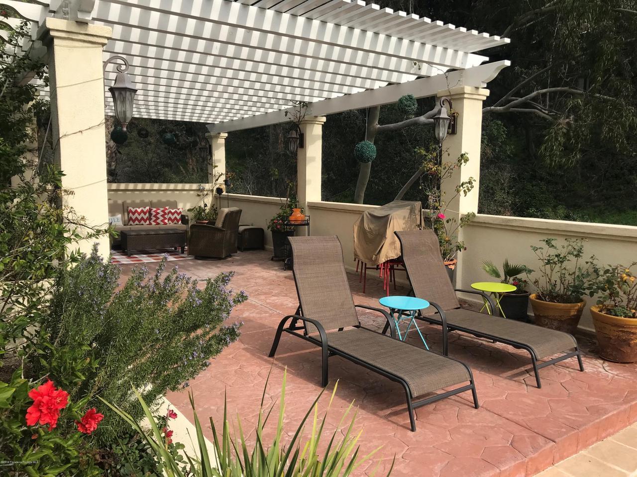 1348 WIERFIELD, Pasadena, CA 91105 - 2