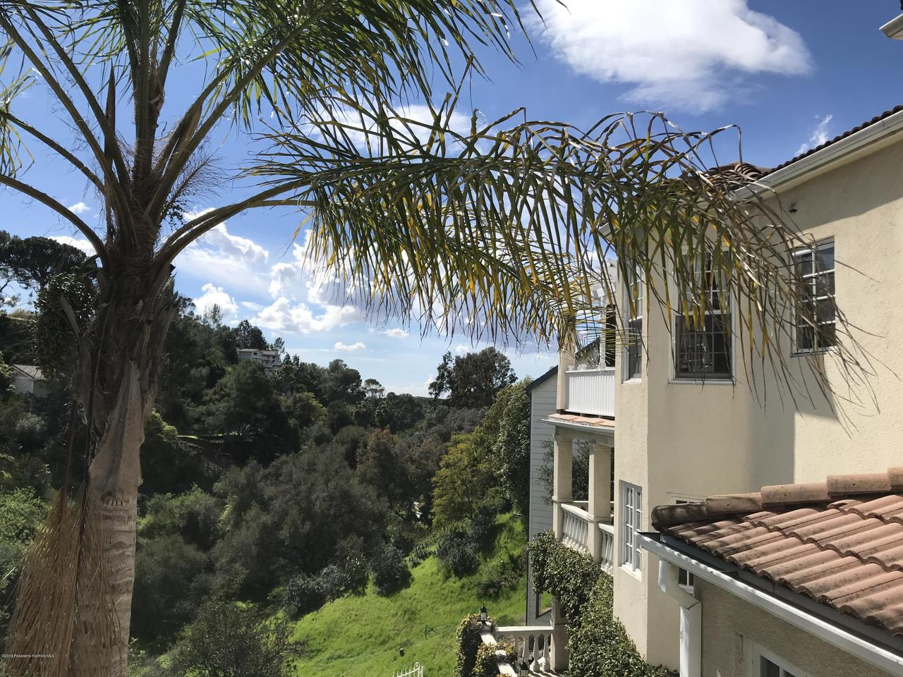 1348 WIERFIELD, Pasadena, CA 91105 - 8