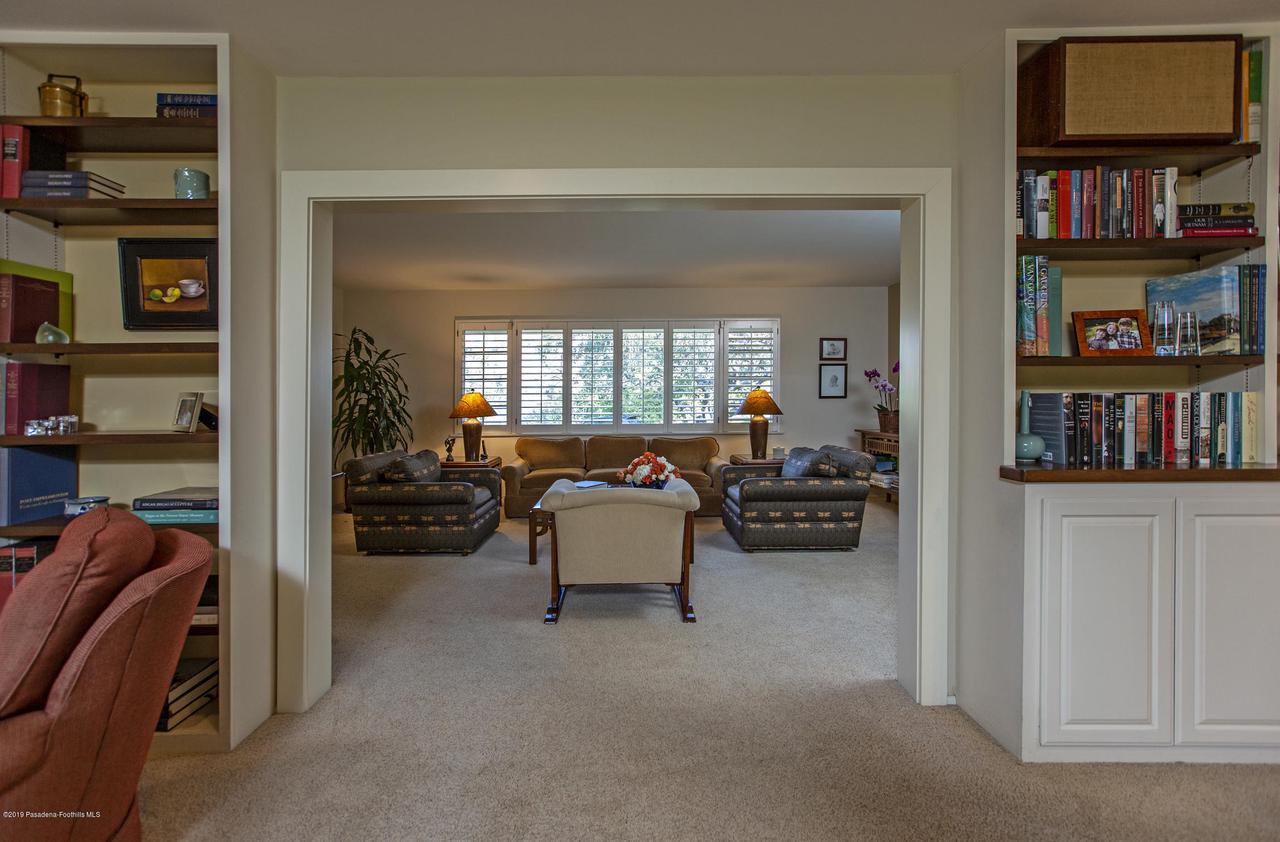 1215 LINDA RIDGE, Pasadena, CA 91103 - 10