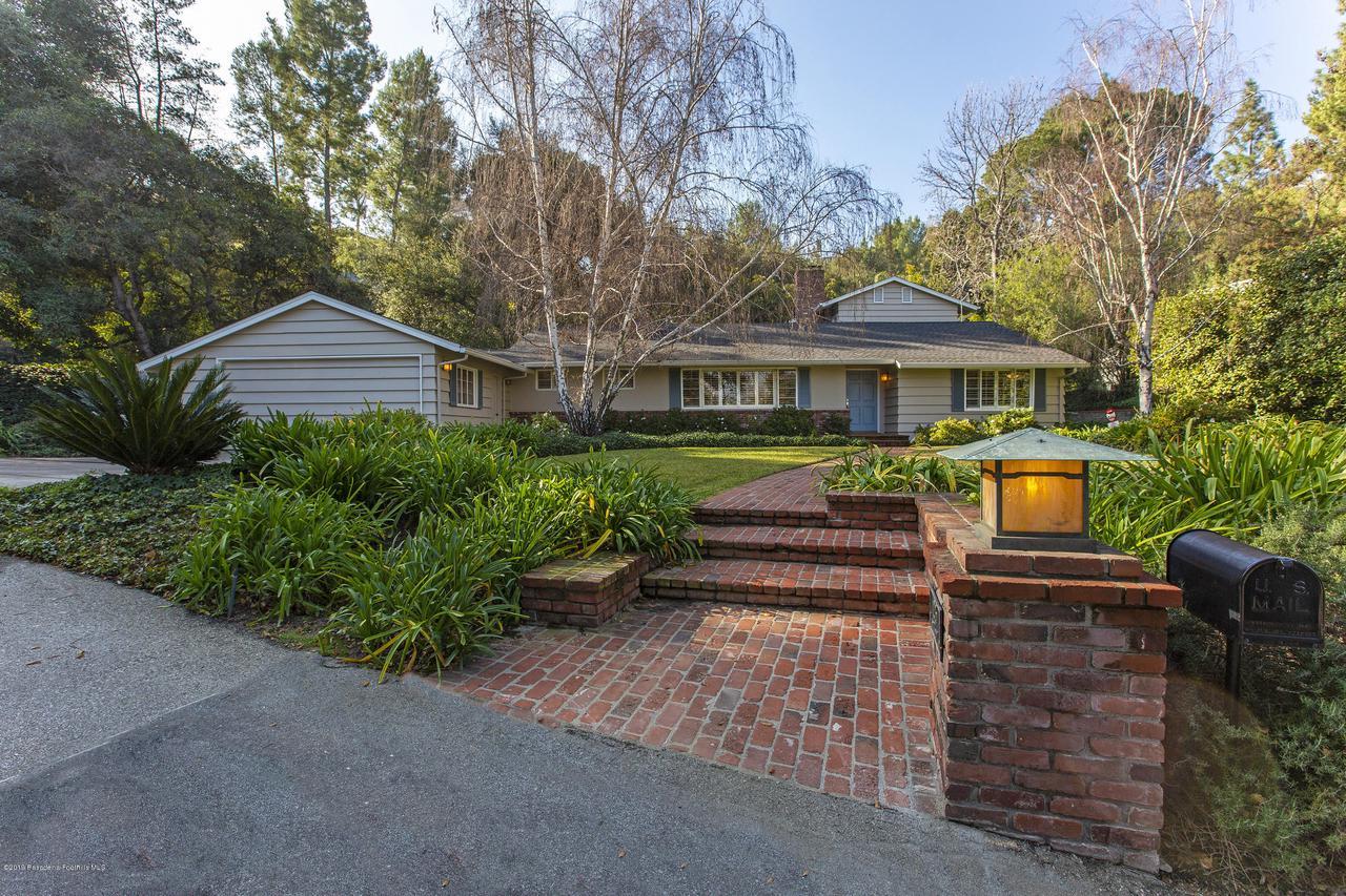 1215 LINDA RIDGE, Pasadena, CA 91103 - 1