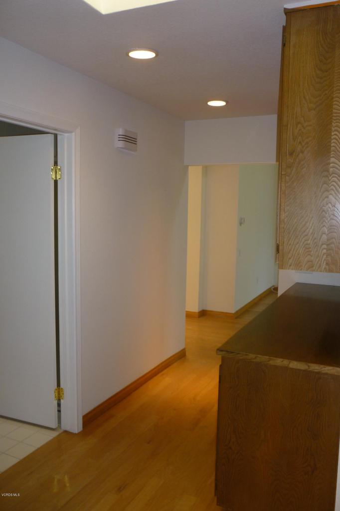20309 VILLAGE 20, Camarillo, CA 93012 - For MLS Listing 040
