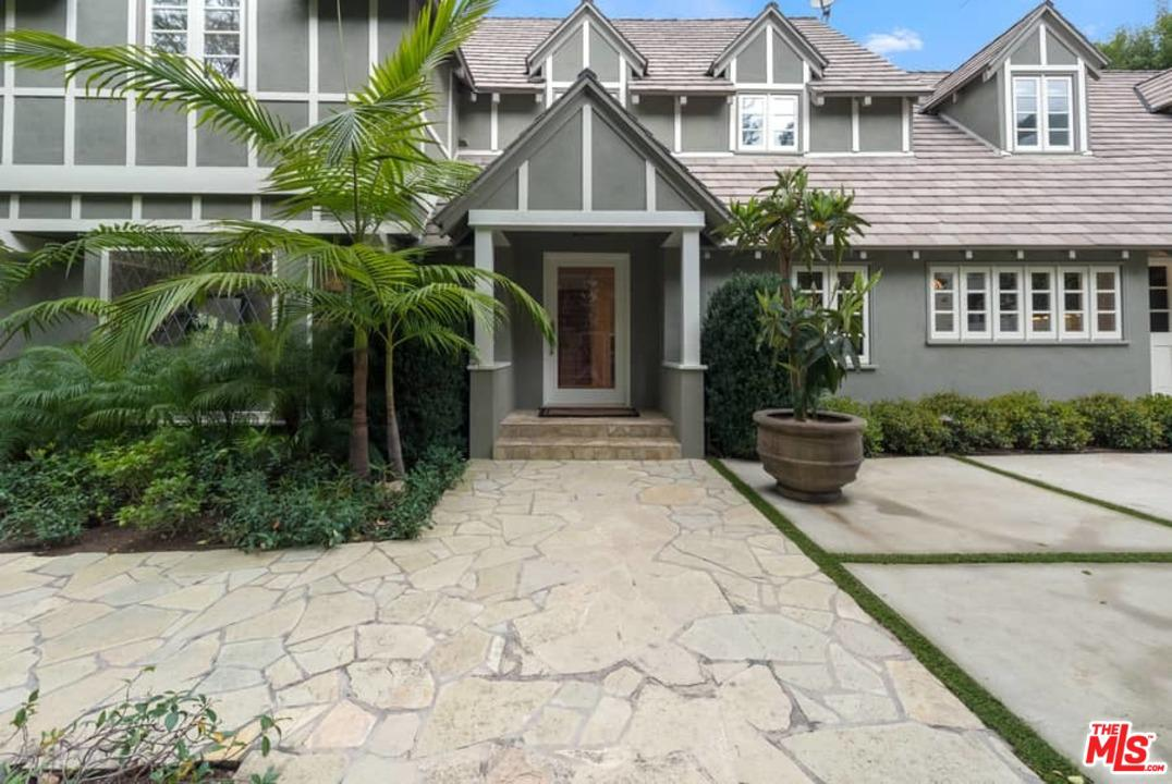 1423 DOHENY, Los Angeles (City), CA 90069