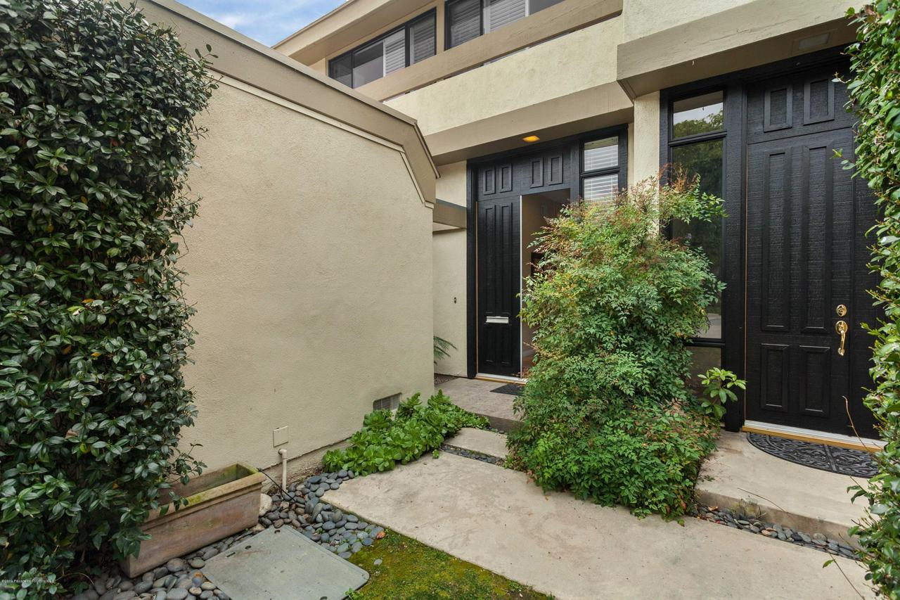 201 ORANGE GROVE, Pasadena, CA 91103 - 4
