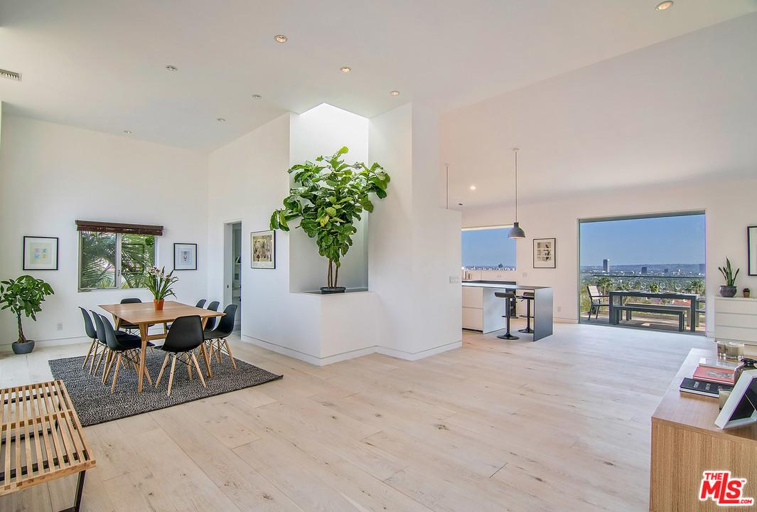 8260 MARMONT, Los Angeles (City), CA 90069