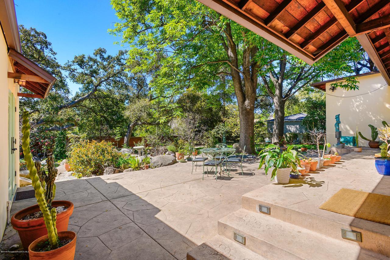 2470 GLEN CANYON, Altadena, CA 91001 - 2470_Glen_Canyon_047
