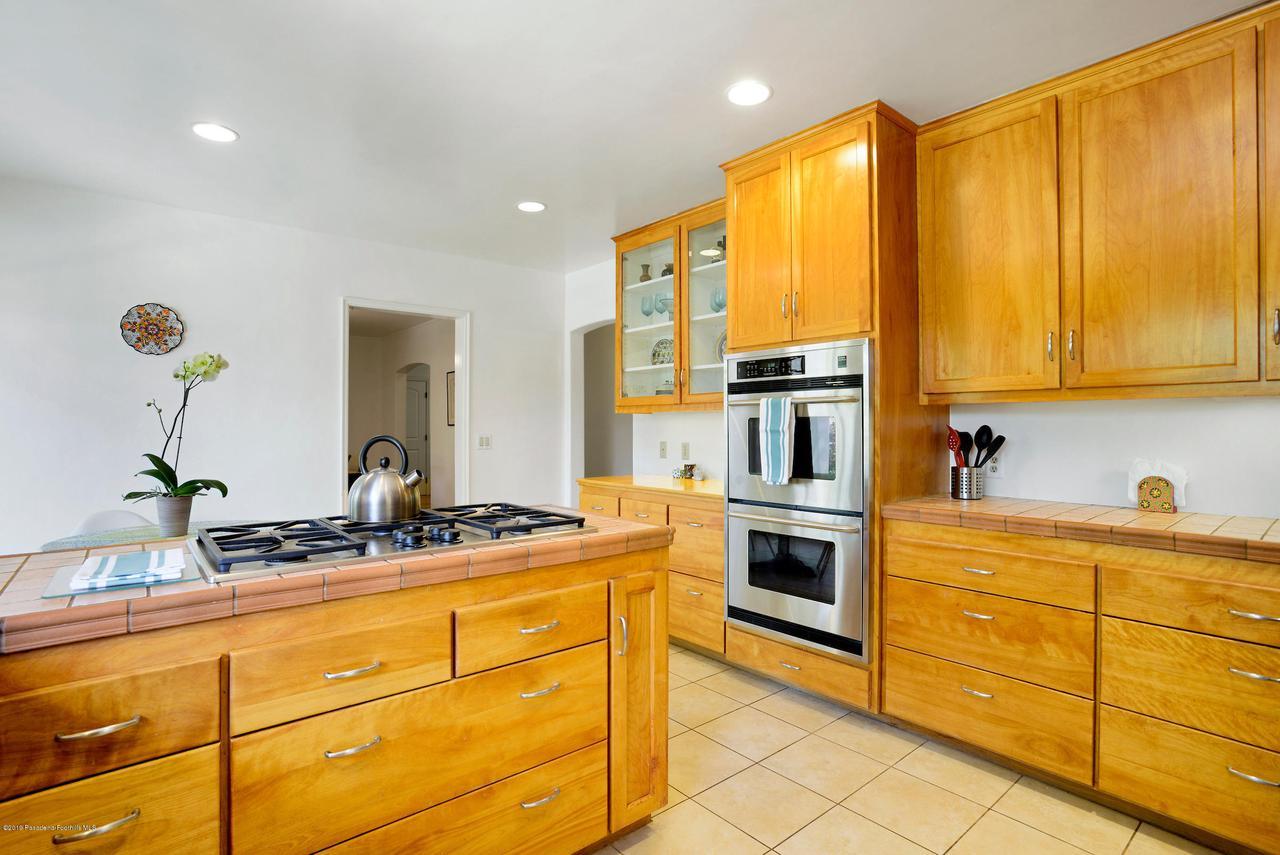 2470 GLEN CANYON, Altadena, CA 91001 - 2470_Glen_Canyon_022