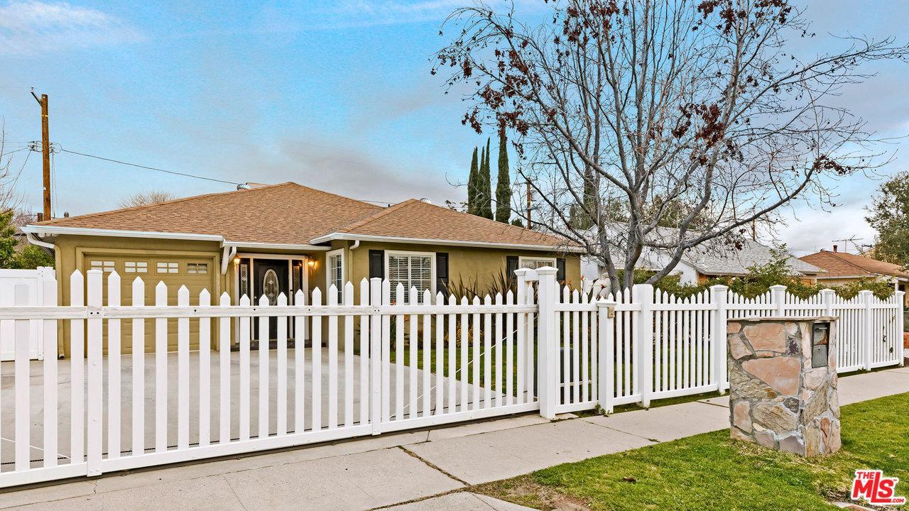 5135 GARDEN GROVE, Tarzana, CA 91356