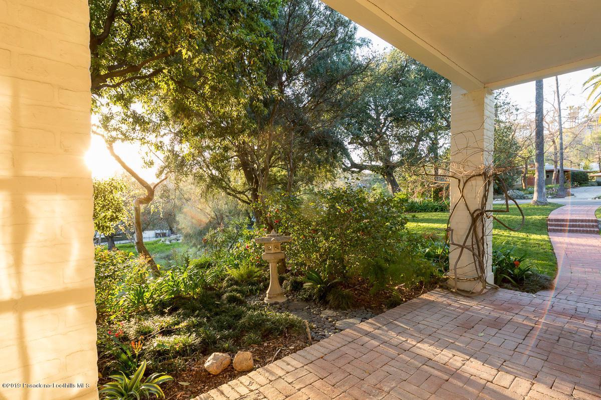 1560 HOMEWOOD, Altadena, CA 91001 - 56-1560 Homewood_844_mls