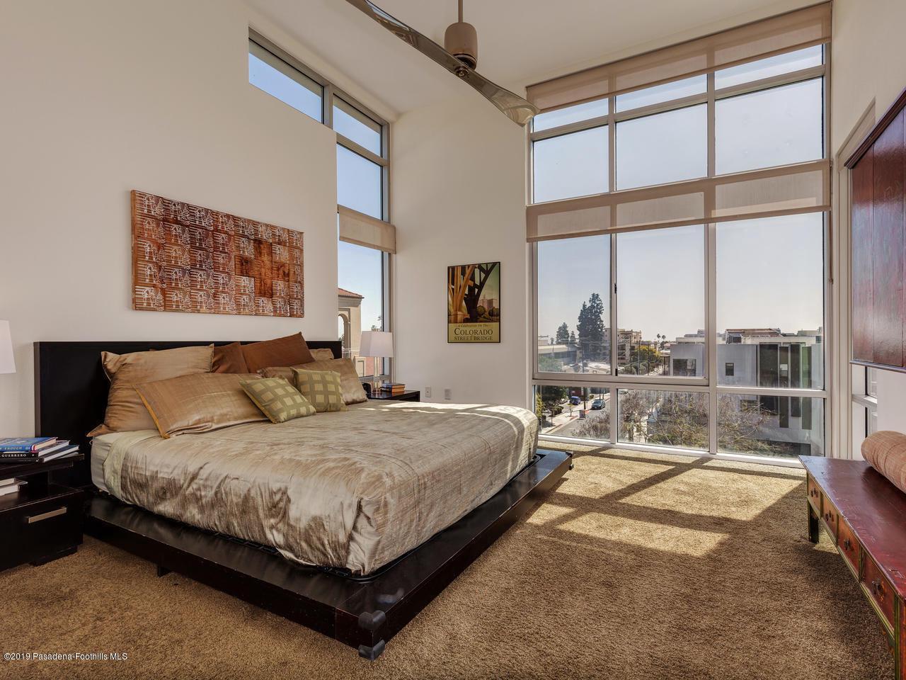 111 DE LACEY, Pasadena, CA 91105 - Master Bedroom