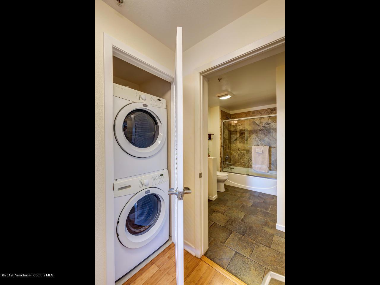 111 DE LACEY, Pasadena, CA 91105 - Laundry Area